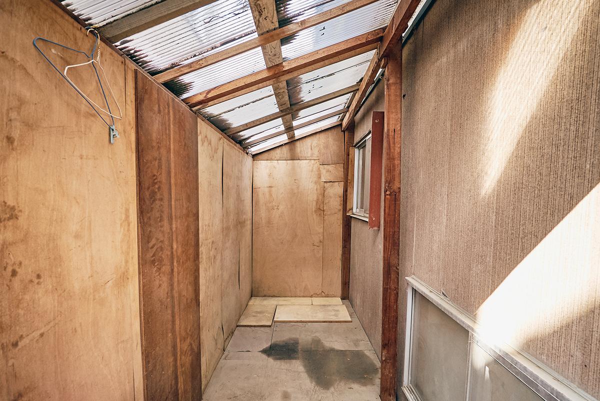 DIYをした小屋を解体する