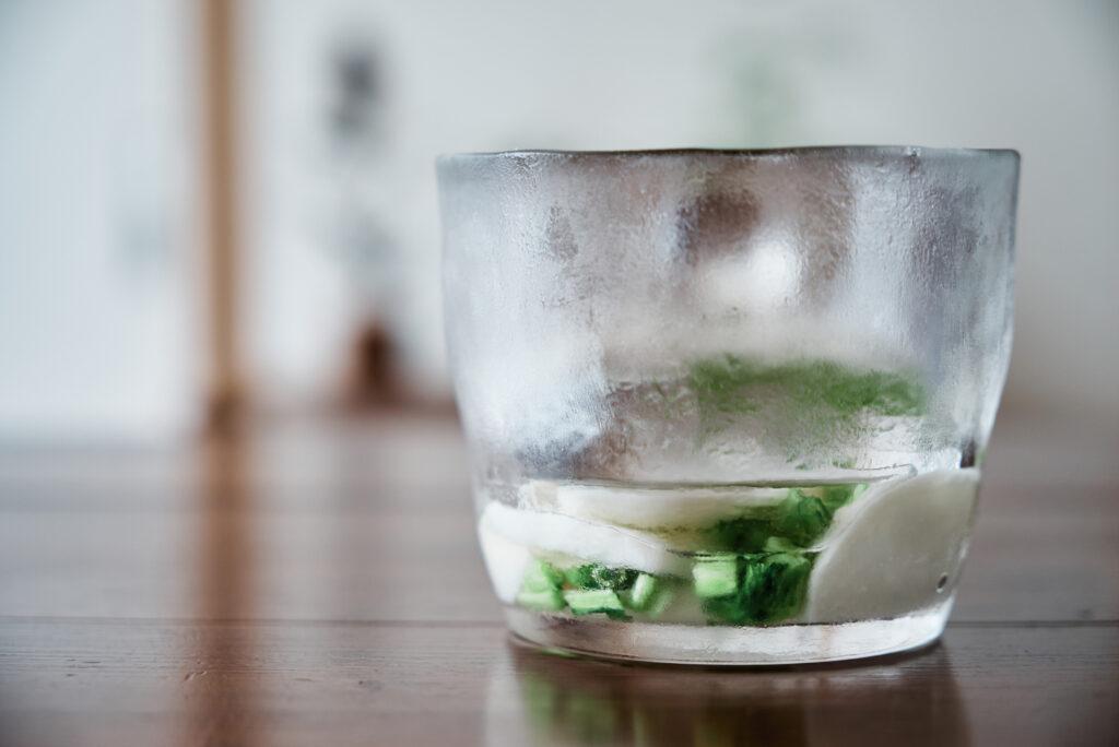 ガラスの浅漬け鉢